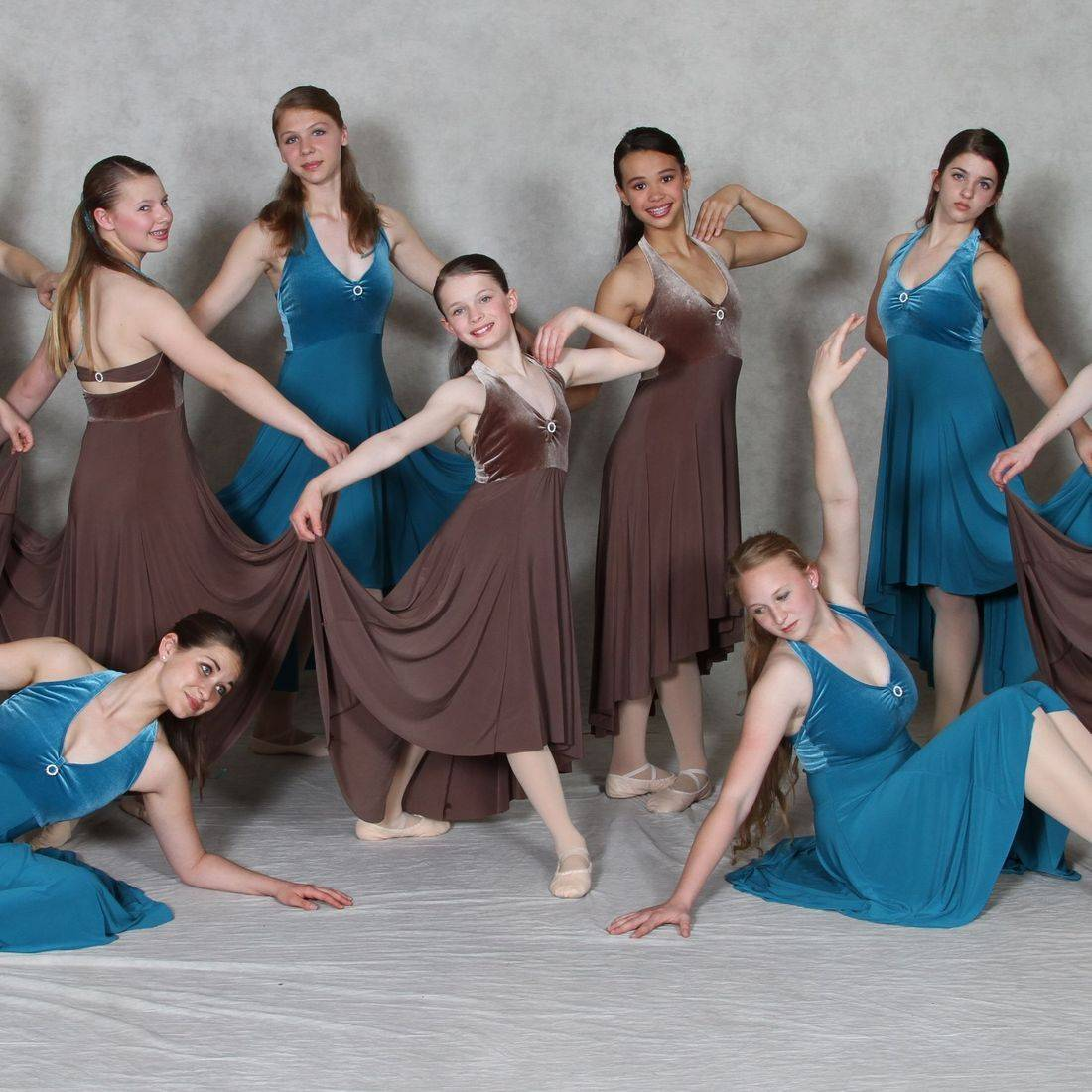 Contemporary dance at INB is a favorite come performance time...:)