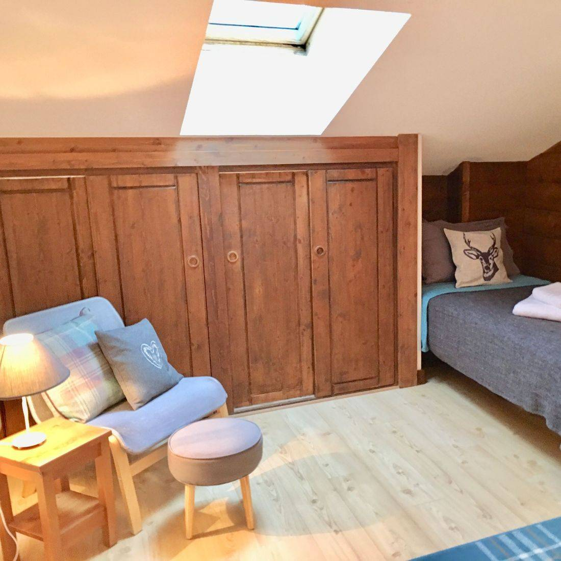 Bedroom 2 -sleeps 3 plus cot