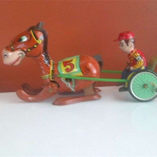 Racing Trotter