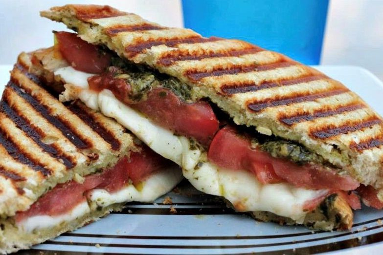 Tomato, mozzarella, pesto panini