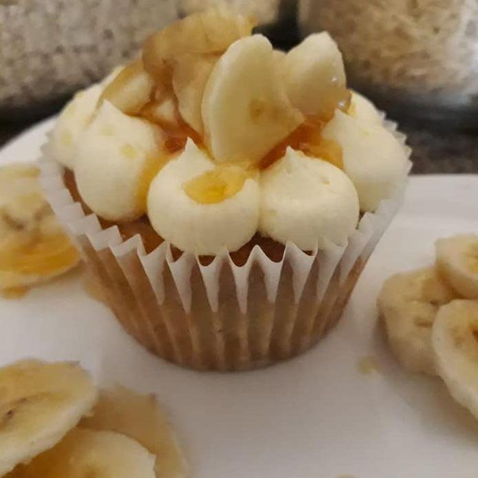 vegan banana cupcake