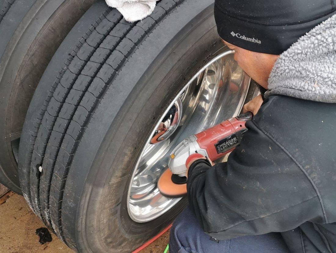 mobile car detailing, rim polishing, Gwinnett Auto Appearance