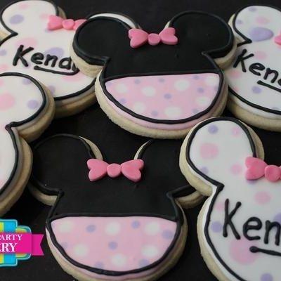 Minnie Mouse Head Cookies Milwaukee