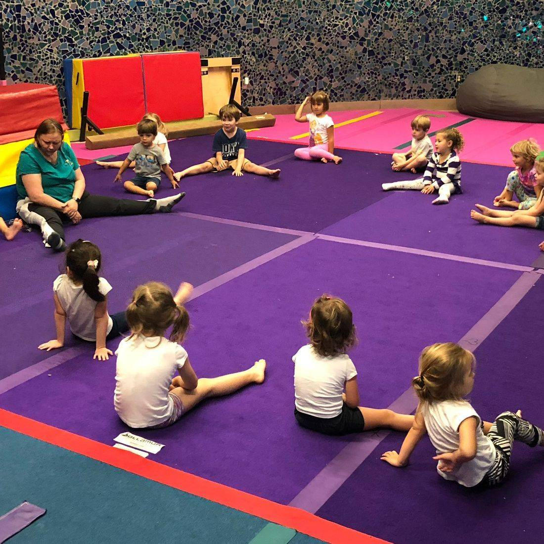 Camp ages 4-8 year olds warm up