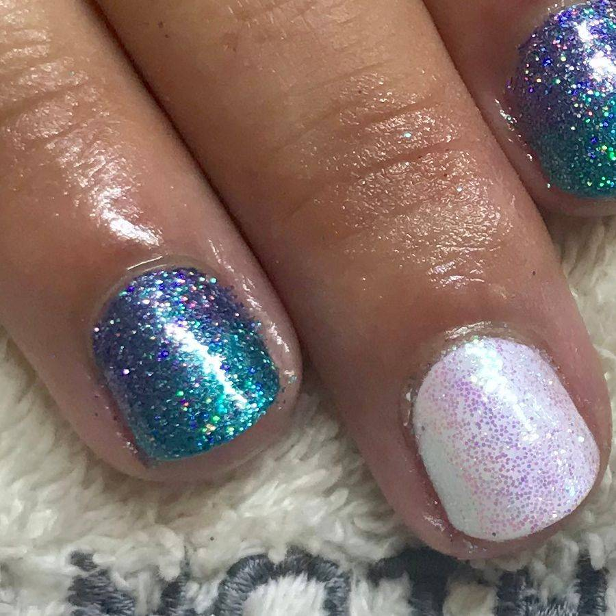 gel polish glitter nails bury