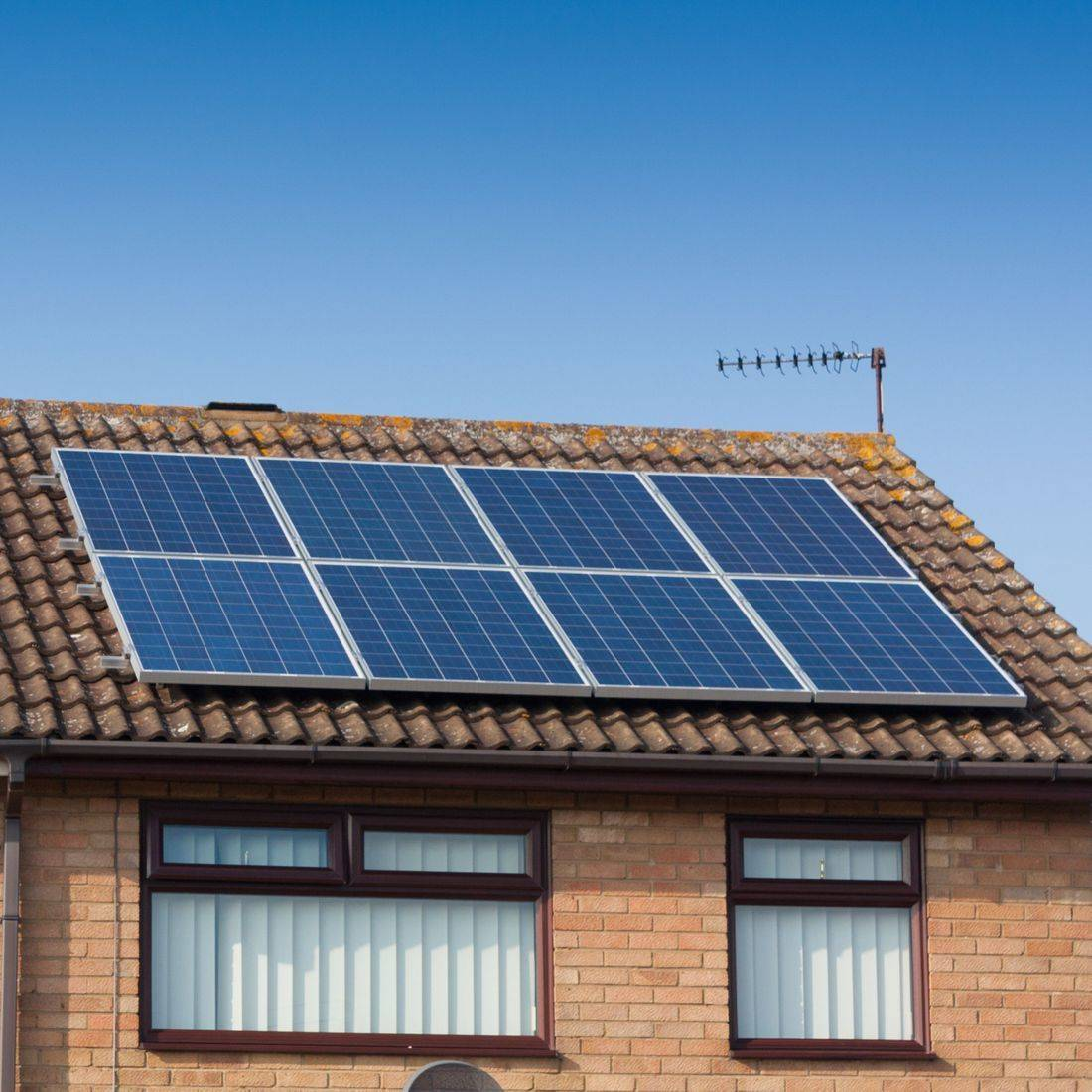 Solar panel cleaning in Basingstoke