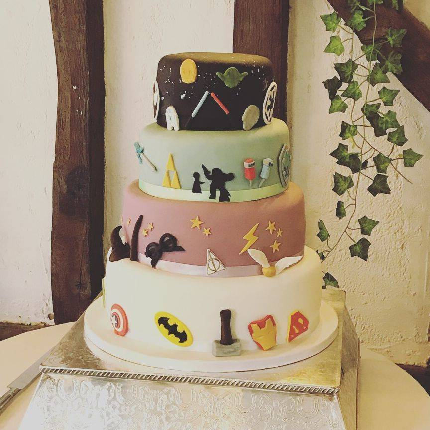 Star Wars Bio shock Zelda Harry Potter Superheroes  Novelty Stacked Wedding cake Fabu-Lous Cakes