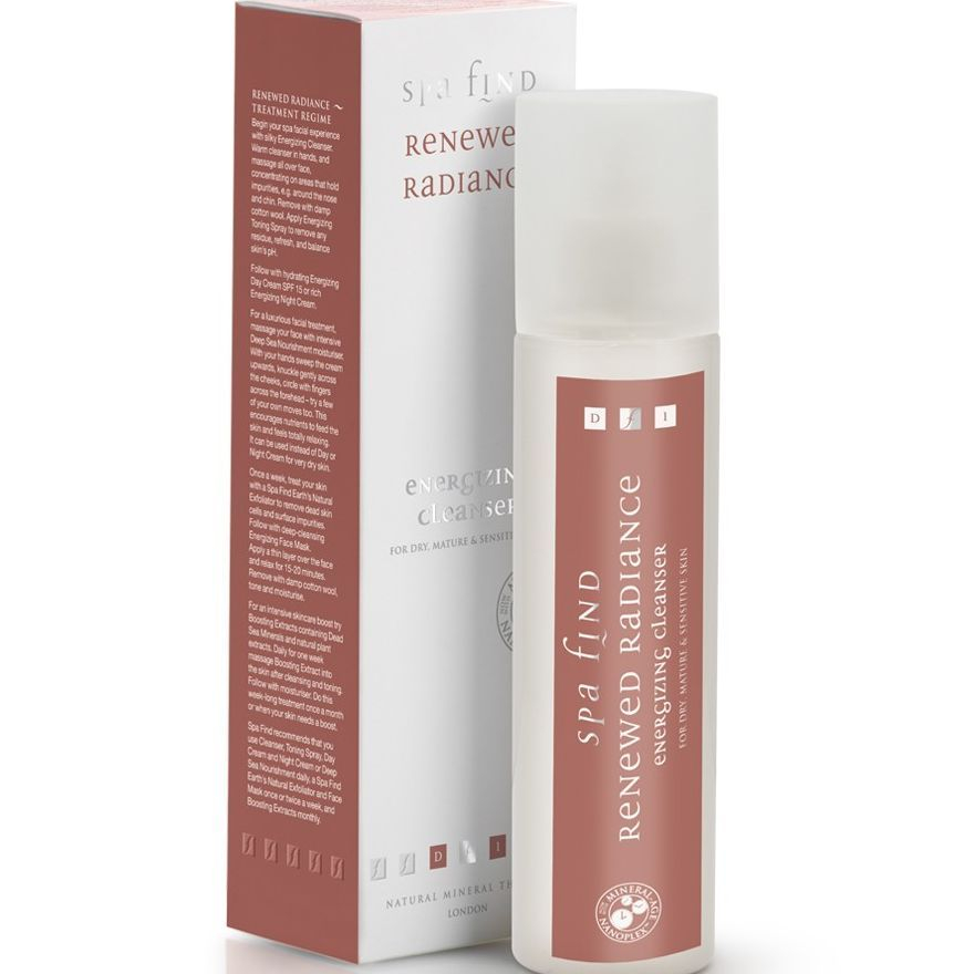 A luxurious cream cleanser blending exquisite plant extracts of horsetail, marshmallow and rosemary.