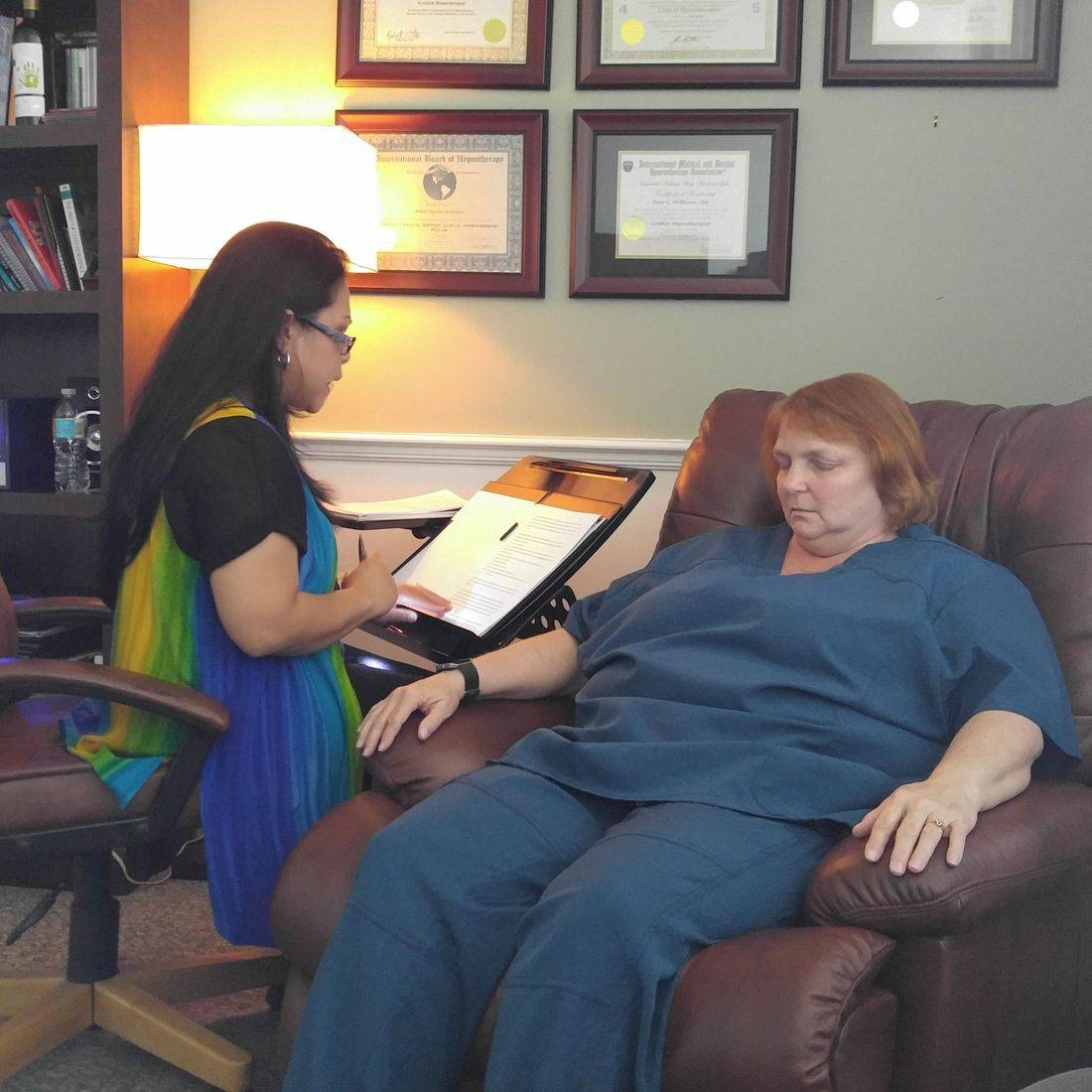 Hypnotherapy client, Hypnosis, Weight loss, Smoking cessation, Naples,