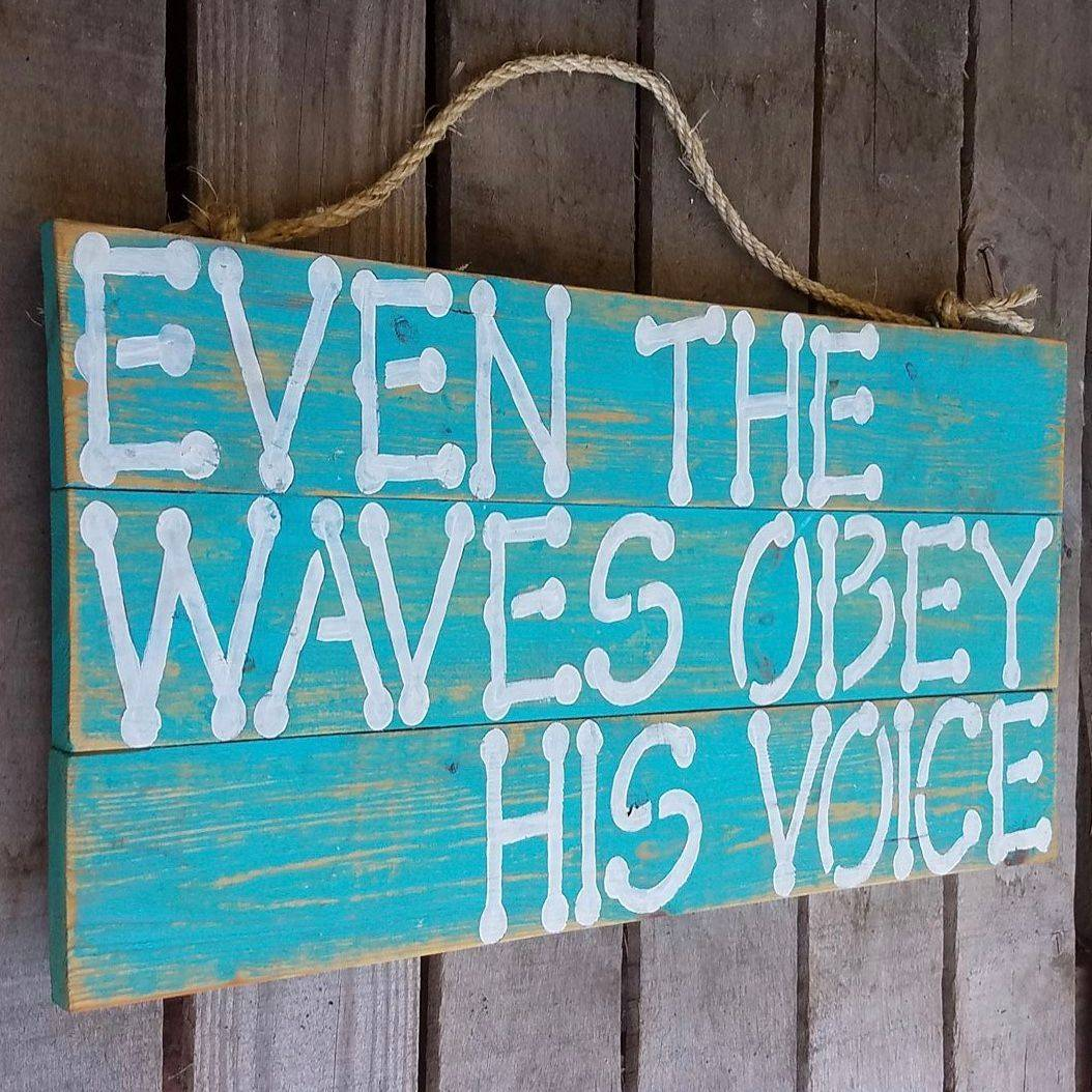 USA Handmade Reclaimed Pallet Wood Waves Beach Sign Art Decor