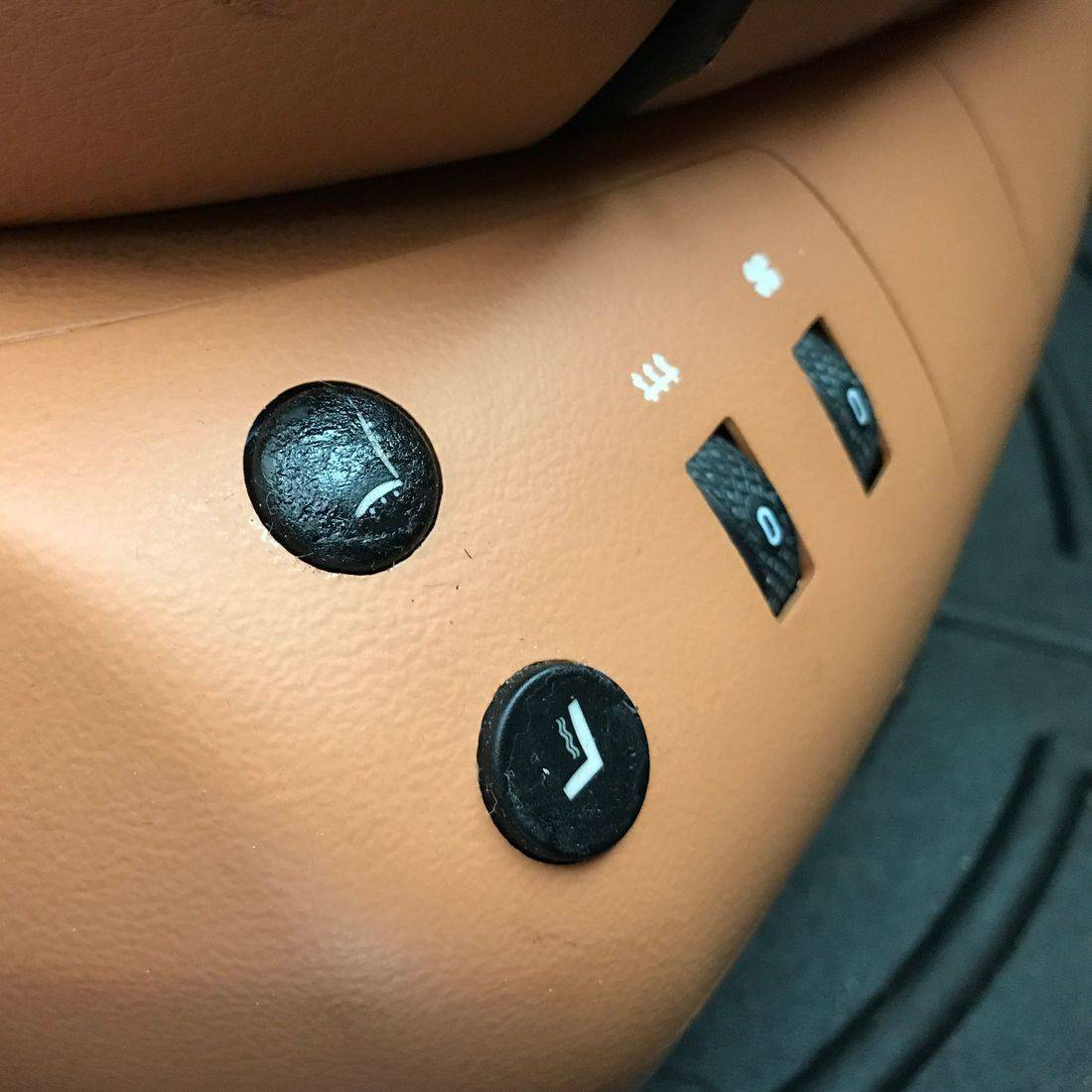 ferrari sticky buttons
