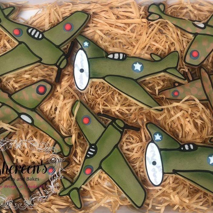 Iced Cookies Biscuits vintage war plane aeroplane