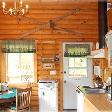 hotels, lodging, log cabins, North Cascades, WA