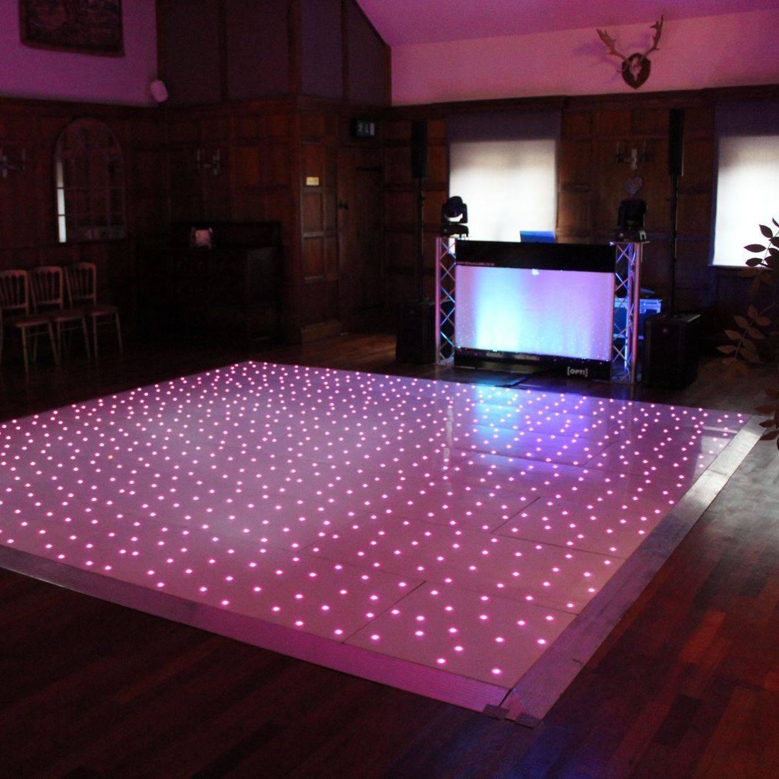 Wedding Cotswolds DJ West Midlands led dancefloor