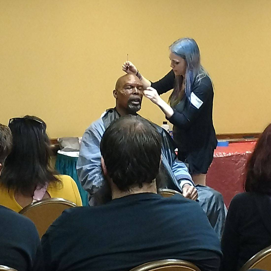 horror conventon panel class mua demo live