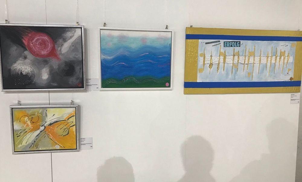 Silvia Wagner Art, Kunstausstellung, Kunst, Ausstellung, Kunst kaufen, Stein am Rhein SH, Schweiz, Ohne Kunst wird's still und Wir geben Farbe in die Gesellschaft