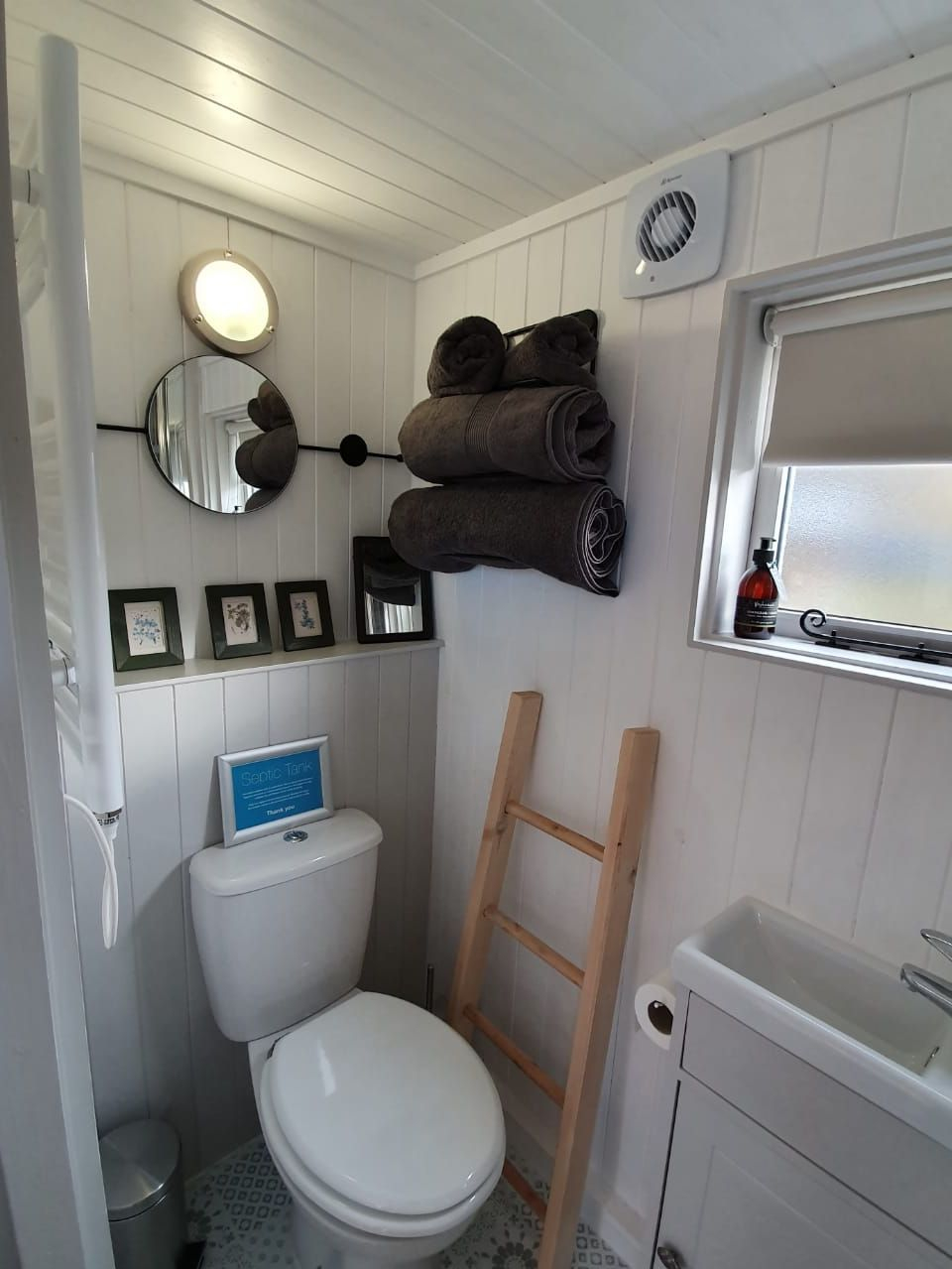 Small, functional bathroom in a shepherd hut