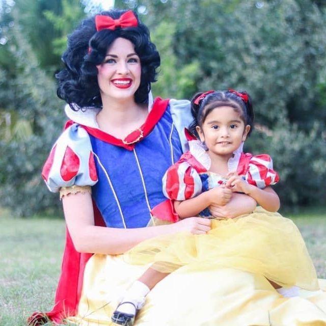 Princess Snow White for parties in SanAntonio TX