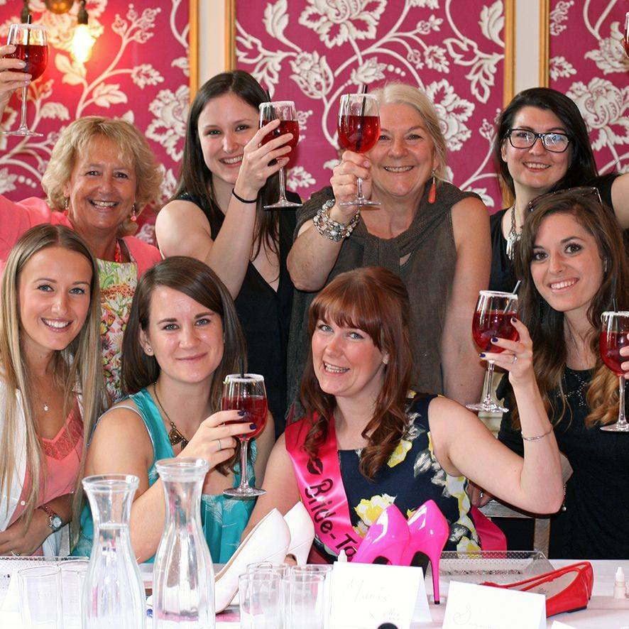 welcome drinks and fizz hen do