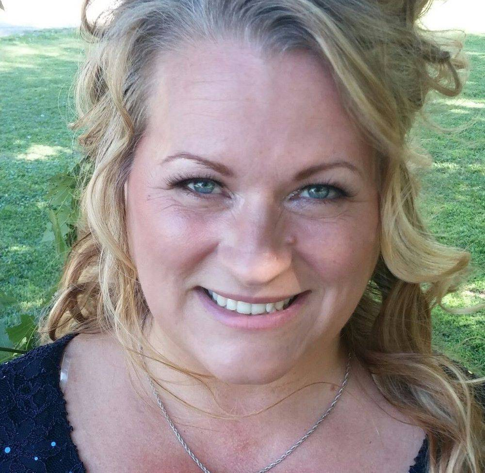 Liz Throp Sapphire Member
