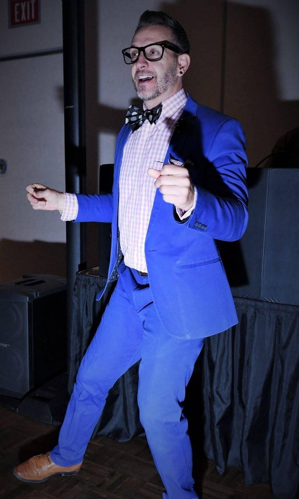 DJ Zac Barr, Disc Jockey, Weddings, Dancing, Hype Man