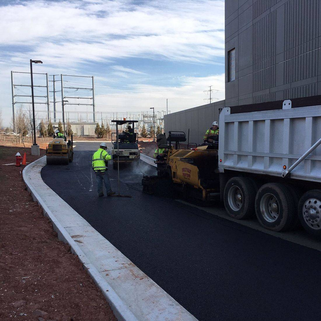 asphalt paving at Intergat Ashburn Data Center