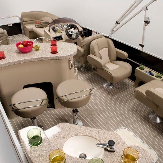 Kelowna Boat Tours 11 passenger luxury pontoon boat