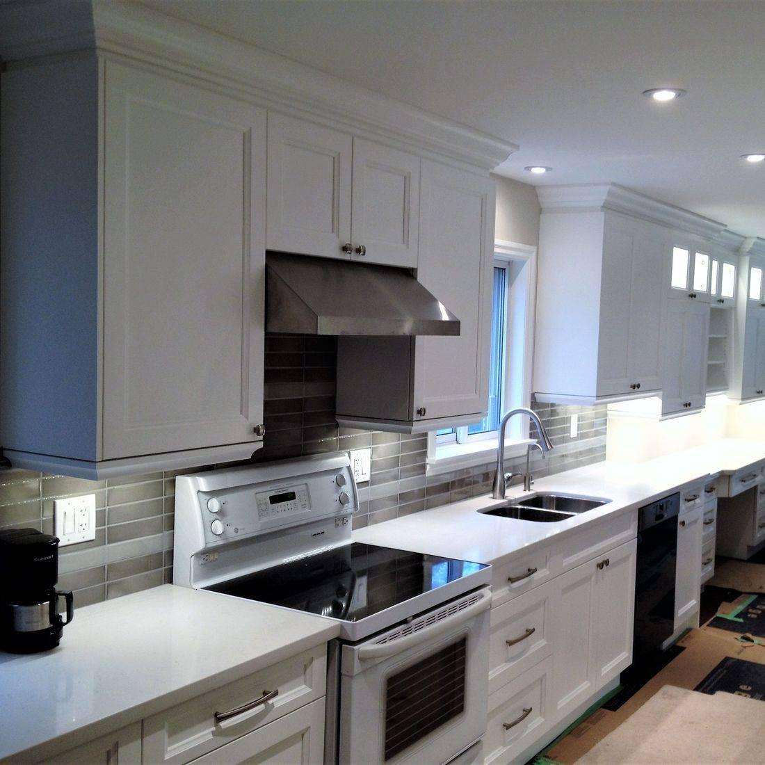 Sibra Kitchens Markham Toronto quartz white shaker cabinets