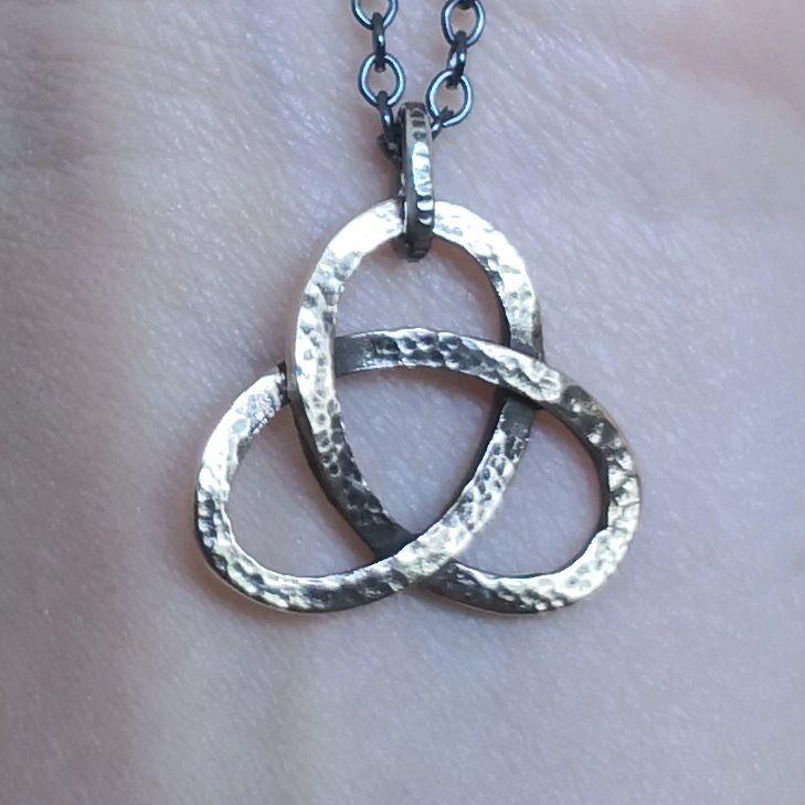 'Ran' pendant in bronze