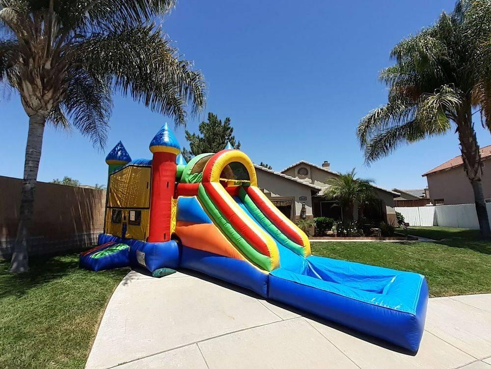bounce house jumper with water slide Menifee Party rentals Moreno Valley Perris Canyon Lake Lake elsinore Hemet San Jacinto Beaumont Yucaipa