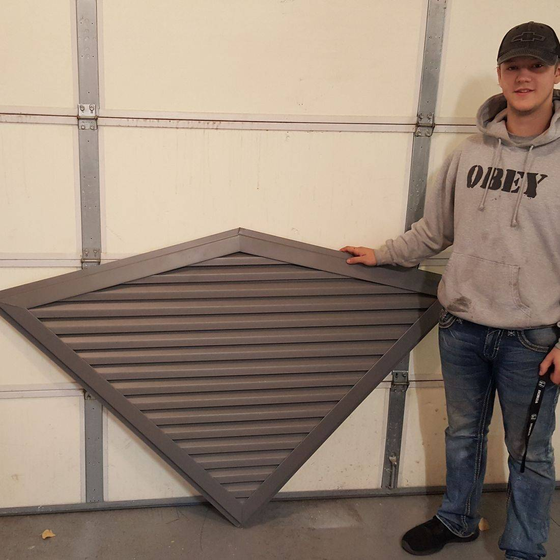 Diamond gable vent
