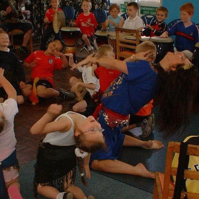 Earthmoves creative dance tutition energy joyful education group