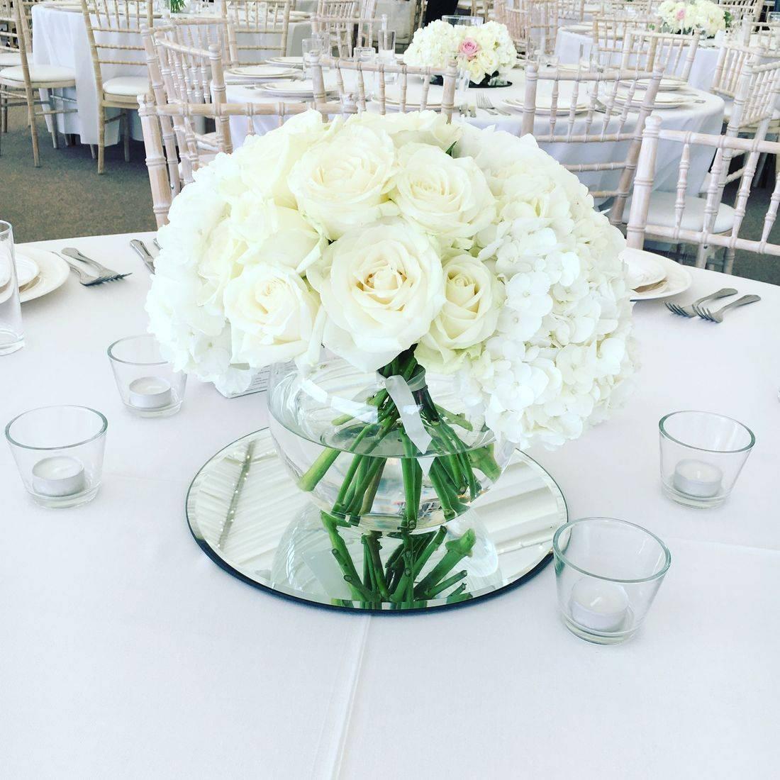 Luxurious Table Arrangement, Osmorton Park Derbyshire, Wedding flowers,