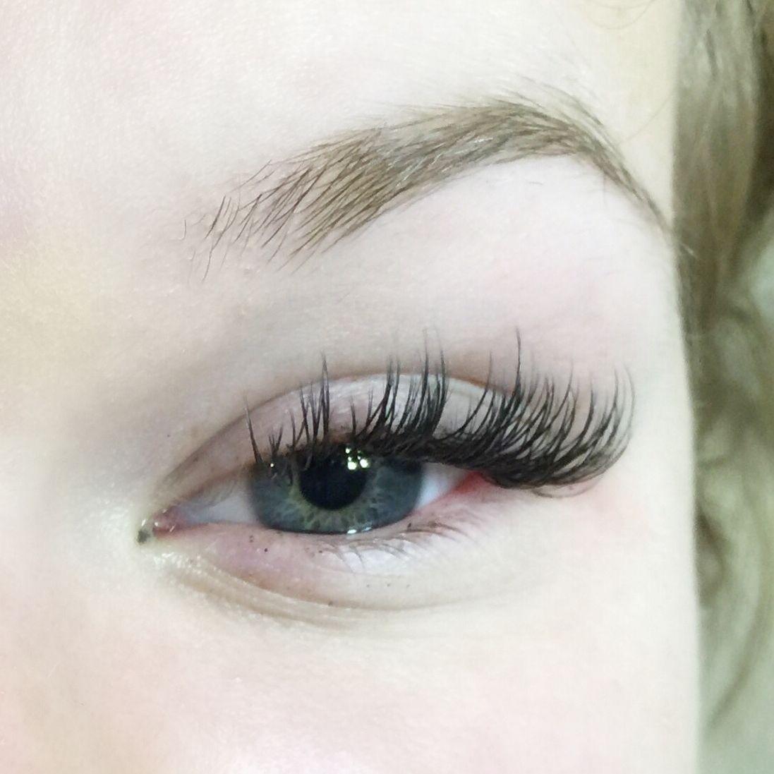 lash extensions, volume extensions, lashes, eyelash, classic, lakes lash studio, brainerd, minnesota, tessa elstran