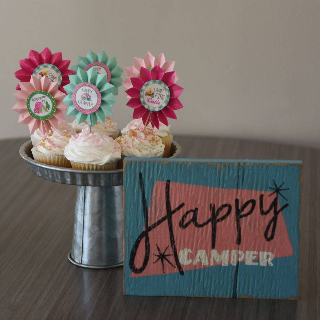 Kids party rentals, teepee rentals, party rentals, kids party planner, Cupcakes, bakery, glamping, Happy Campers, Happy Glampers, birthday, teepees, indoor, campsite, campsites,