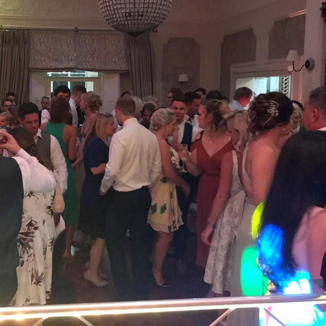 Wedding DJ   Birmingham DJ Worcestershire Wedding DJ