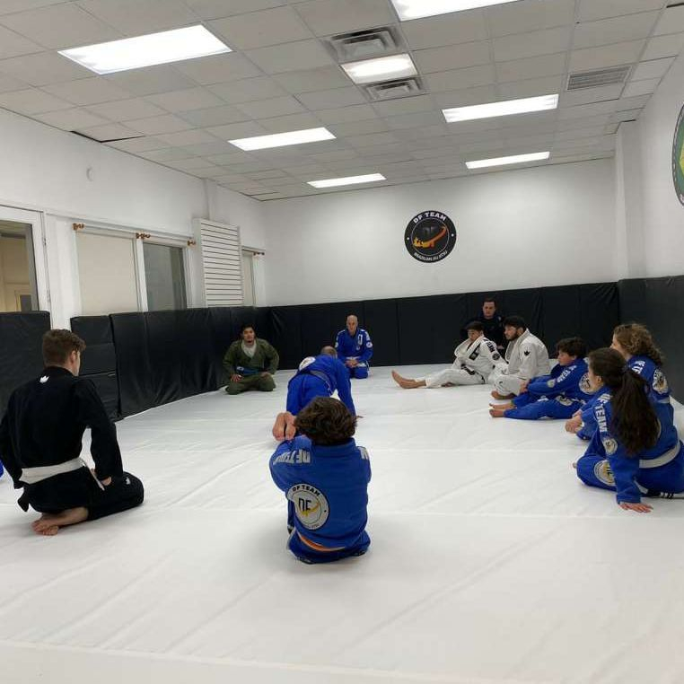 Last Sunday (10/27) we had 9 athletes fighting FUJI BJJ CHAMPIONSHIP and we brought home 11 medals