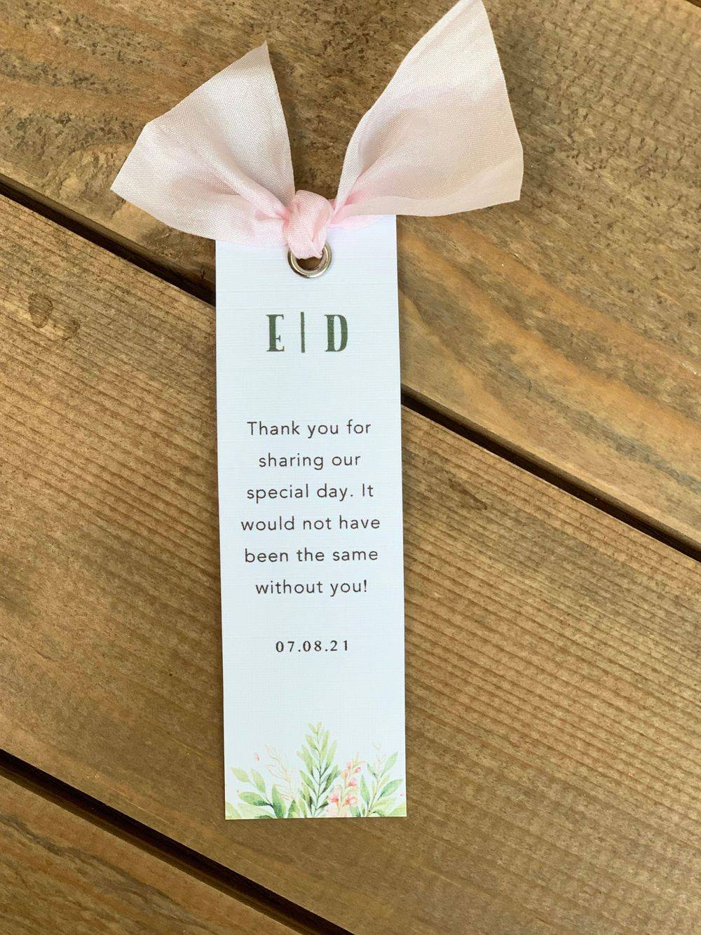 Pink and white personalised wedding gift/favour tag