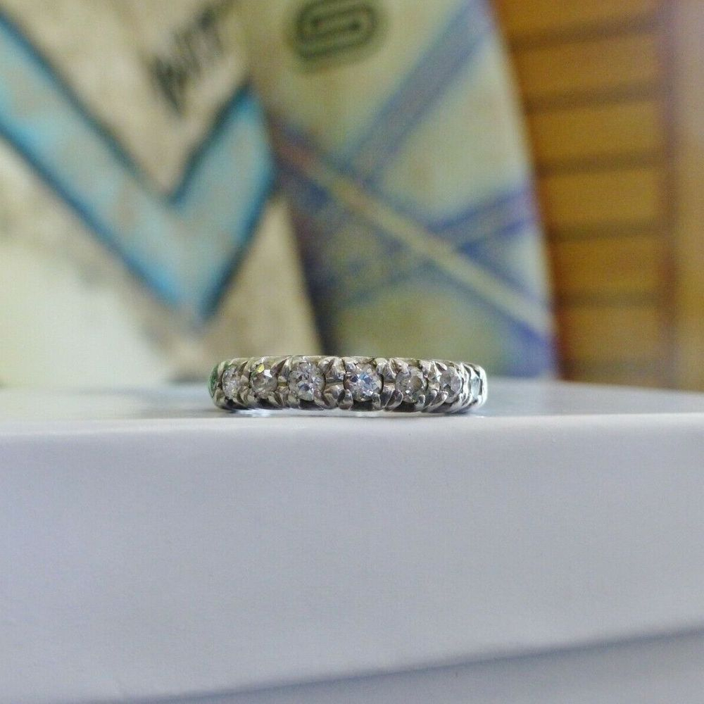 Art Deco Style Diamond Wedding Band in platinum for sale