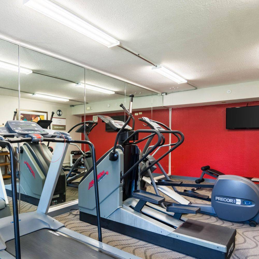 Hotel with Fitness Center, Hotel with Gym