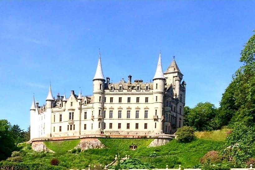Dunrobin castle part of our tour