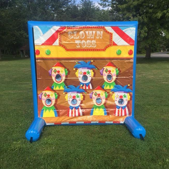 clown toss game