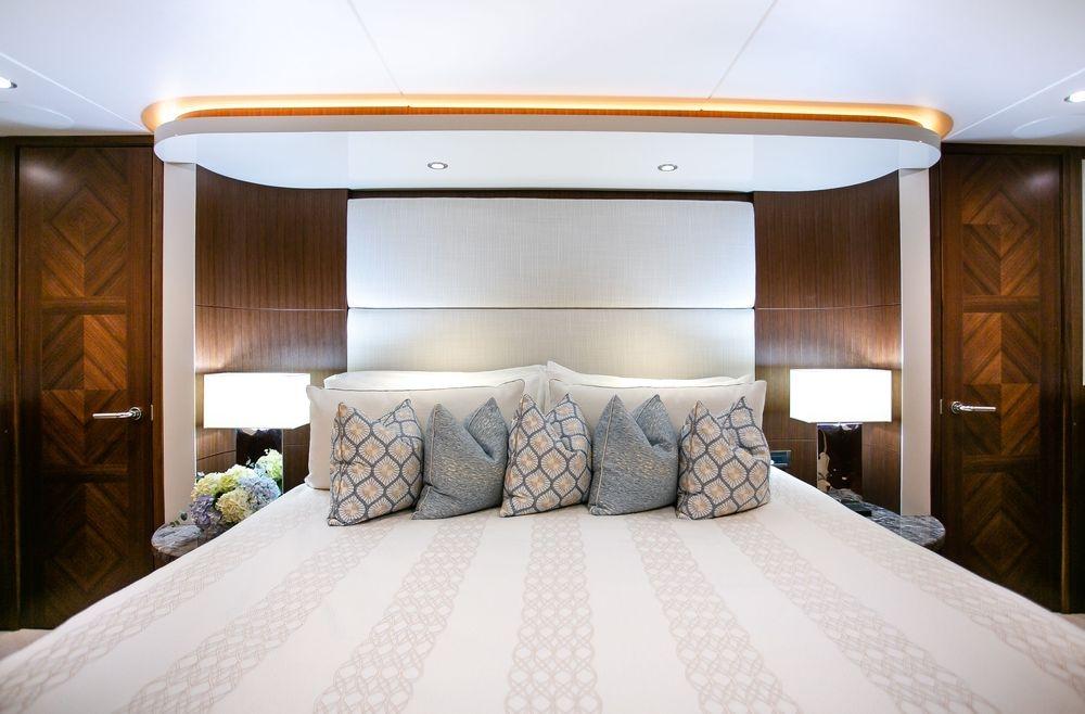 #NewportYachtInteriors, #OceanAlexander, #yachtbedding