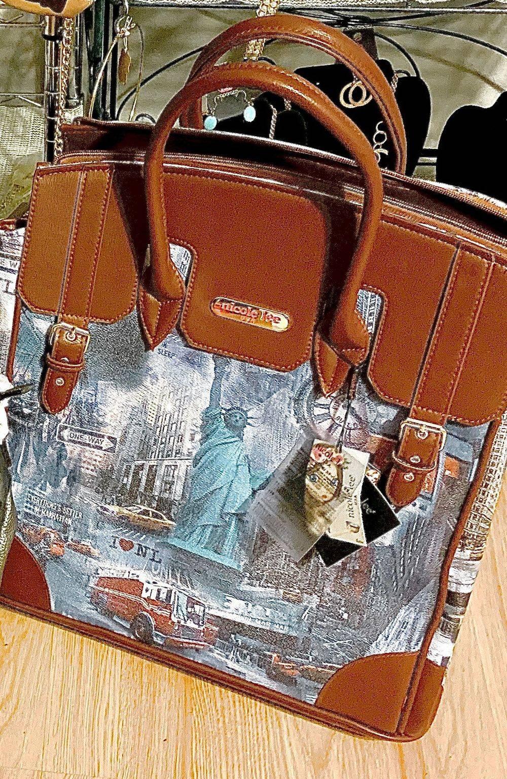 Nicole Lee Rolling laptop bag