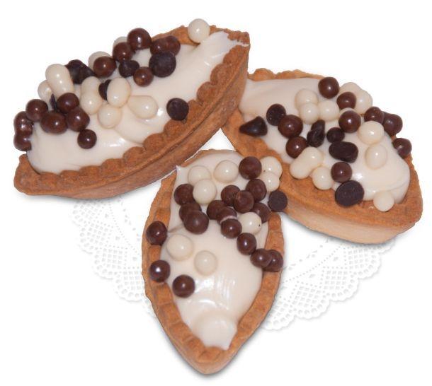 Barchette Cioccolato Bianco Schiffchen mit weißer Schokolade & kleine Schokoladenkugeln