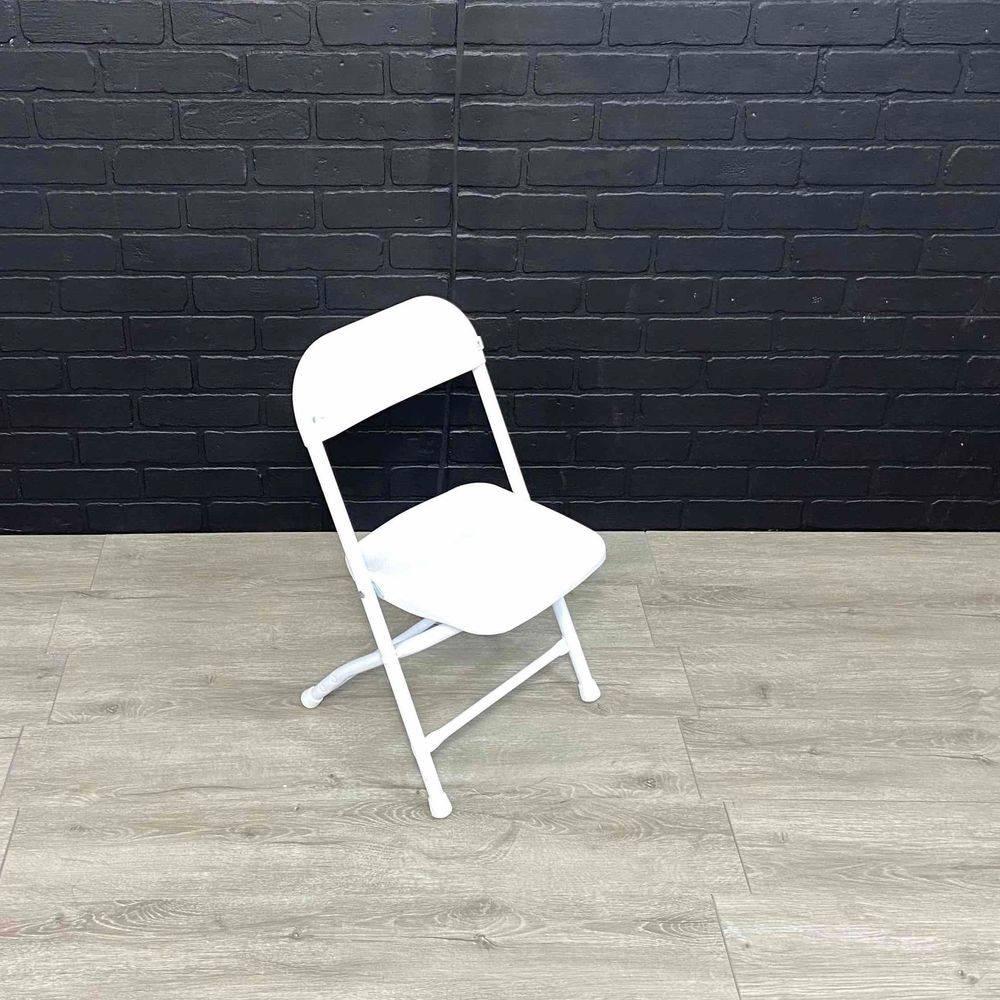 mini white basic chair www.rentals801.com/chairs