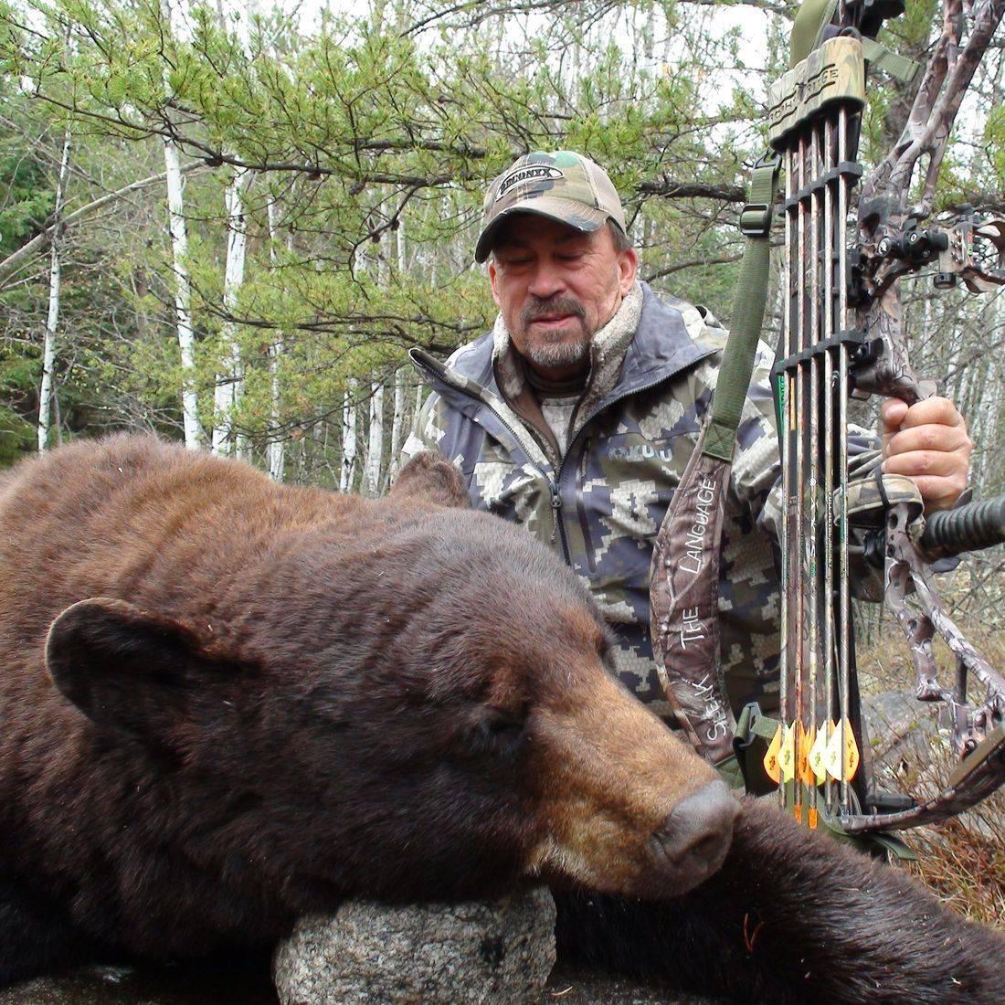 bear hunts, black bear hunting, Manitoba, Outfitters