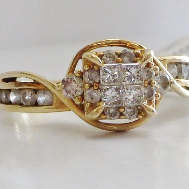 14K Yellow Gold Princess Cut Diamond Quad Swirl Engagement Ring With Round Side Diamond Accents