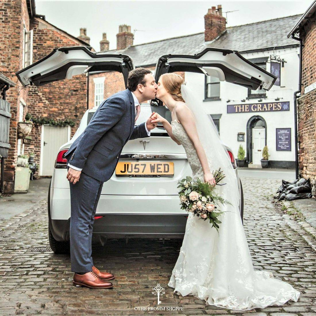 Falcon Tesla Wedding cars Model X