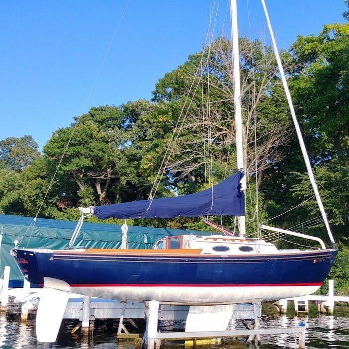 Alerion sailboat for sale